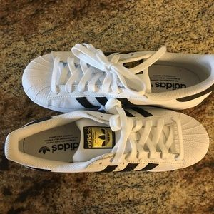 New without box Adidas Superstar 8.5 women's shoes